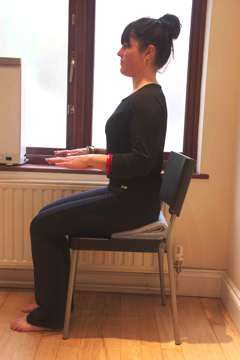 sitting and good posture by the physiotherapist in London