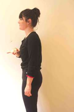 standing and good posture by the physiotherapist in London